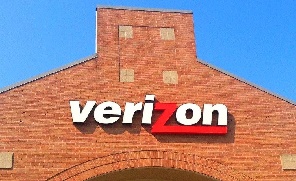 Verizon sign/logo on building